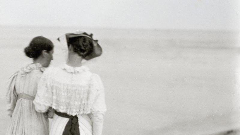 Damerne på stranden (beskåret) | Skagens Kunstmuseer