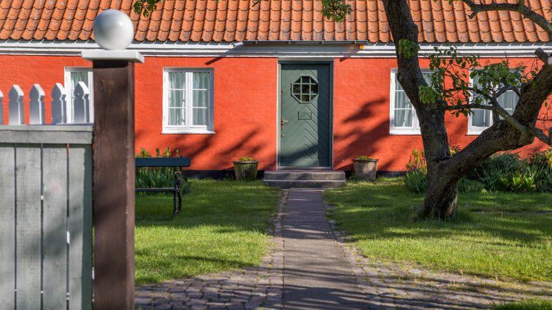Anchers Hus - set fra forhaven