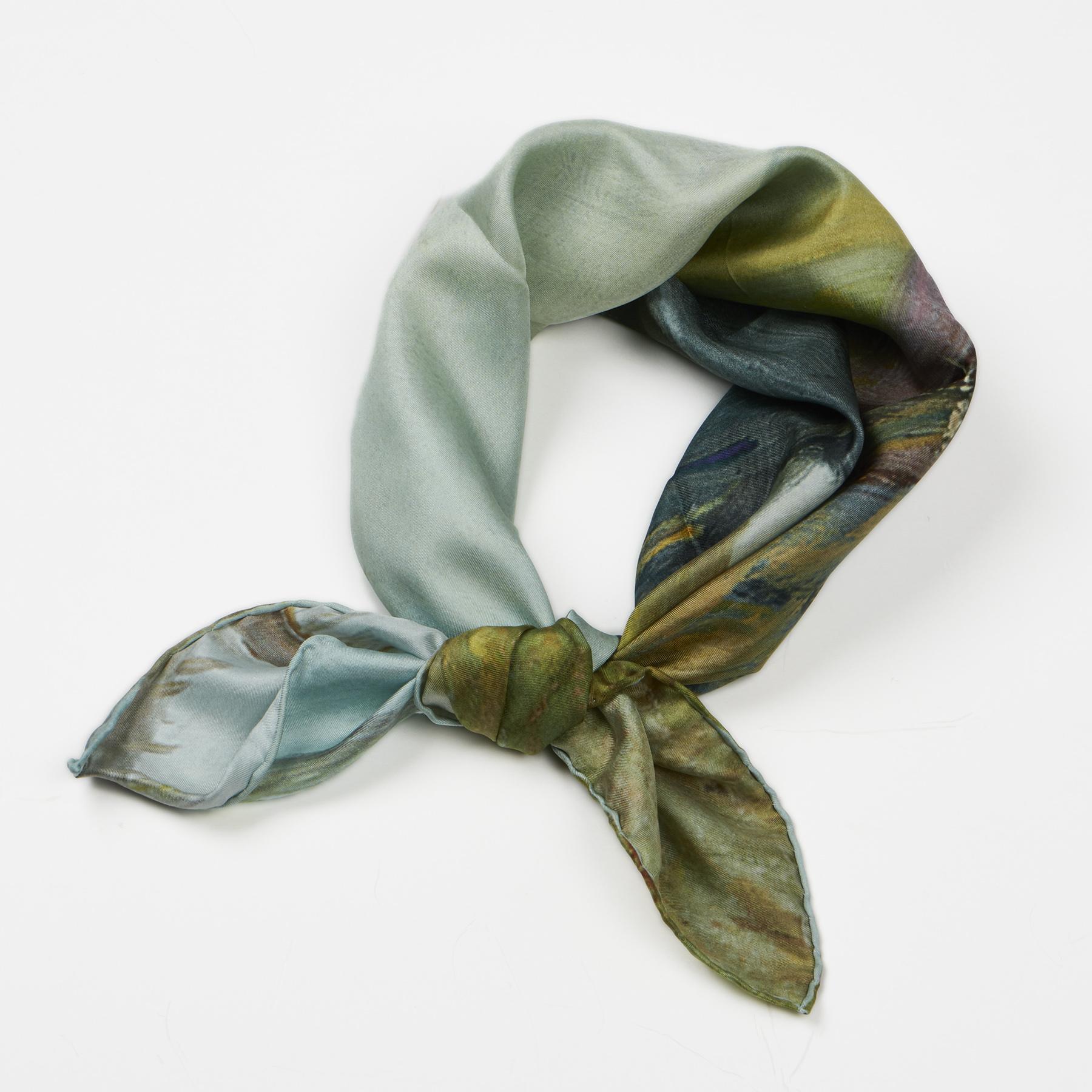 Silketørklæde med motiv af Anna Ancher